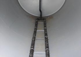 Ruszt z dyfuzorami dyskowymi - napowietrzanie średniopęcherzykowe